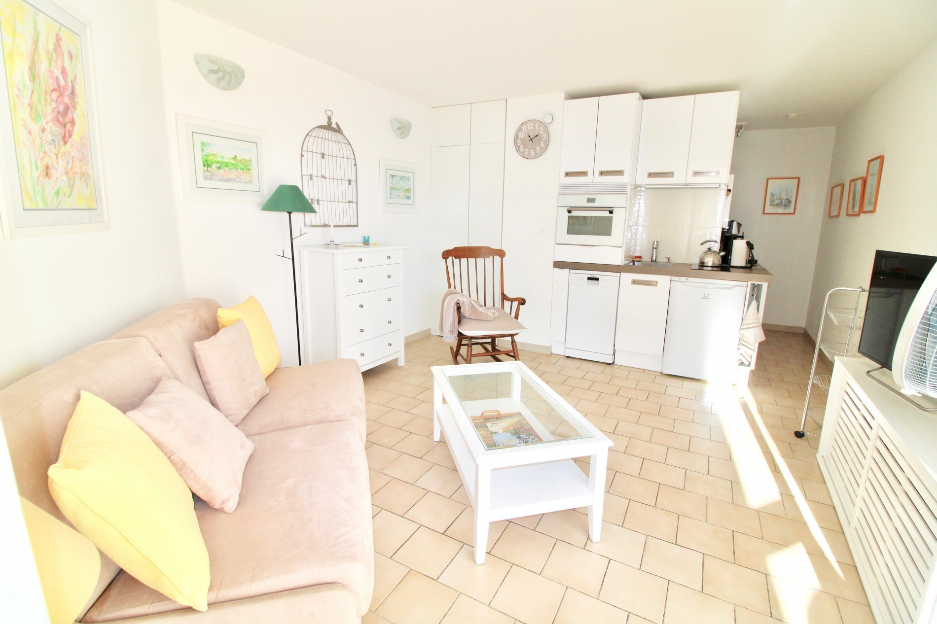 AGENCE AVEC IMMO  - APPARTEMENT 28M2 CAVALAIRE