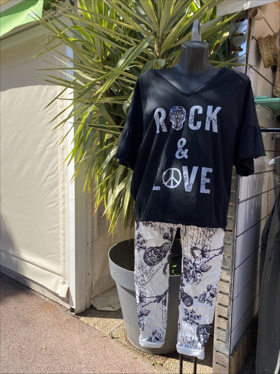 CORNER BEACH - T-shirt Rock & Love